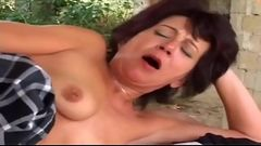 Outdoor Anal Leads To A Thick Facial