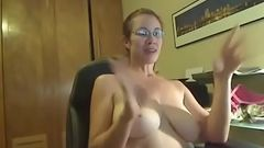 Busty Mom great performance
