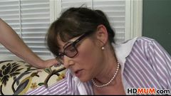 Victoria Volt plays with stepmom Alexandera Silk